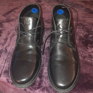 Kenneth Cole Men's genuine leather black booties